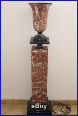 Colonne creuse en céramique imitation marbre avec son vase