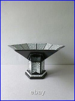 Coupe Art Deco en céramique noire et crispée, signée France, Saint Clément