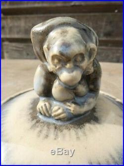 De Maurice Gensoli 1892-1972 chef Atelier à Sèvres couvercle céramique le Singe