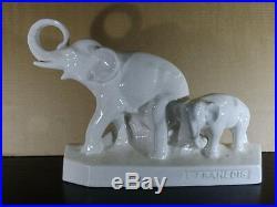 Eléphant avec son petit en céramique Craquelée Art Deco signé L. Francois