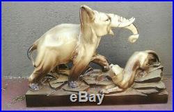 Grosse ceramique art deco Panthere contre elephant