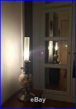 Lampe à pétrole en céramique de Delft et étain XIX ème
