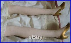 Poupée ancienne de salon/boudoir en tissu/1920/Art Déco/pieds et mains céramique