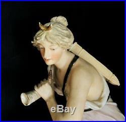 ROYAL DUX DIANE LA CHASSERESSE vers 1930 ART-DECO céramique figurine BOHEMIA