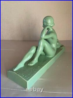 Sculpture Céramique Femme au Lévrier Levallois François Ar Déco