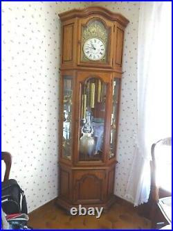 Superbe Horloge Comtoise Artisanale Du Jura Beroz Morbier D Angle Vitrine