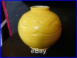 Vase Art Déco en Céramique Craquelée Jaune St Clément Modèle Ruban