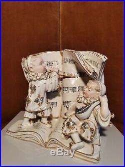 Vase Pierrots Musiciens, Céramique, Epoque XX°